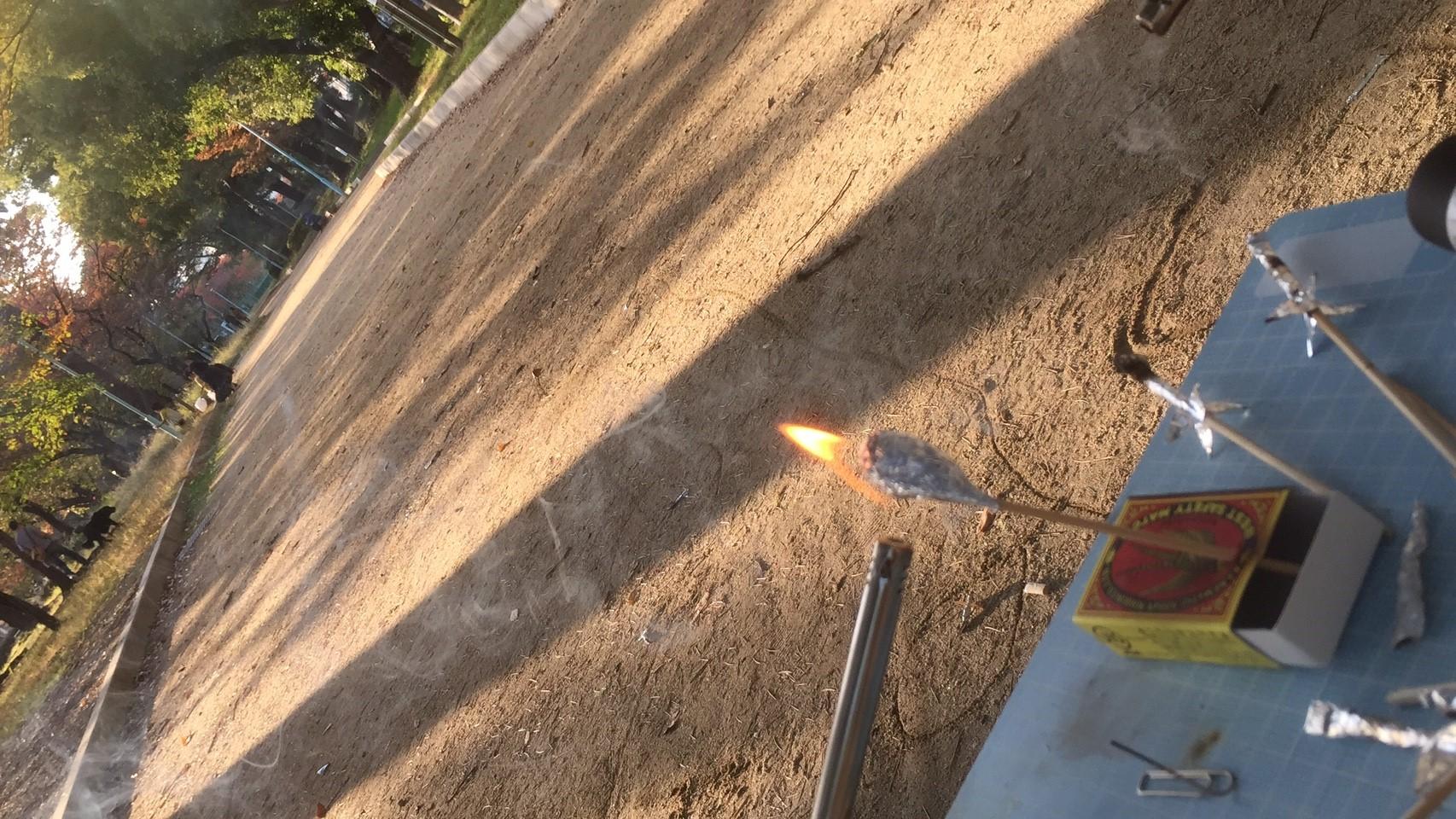お楽しみ実験「マッチロケット」を飛ばそう!